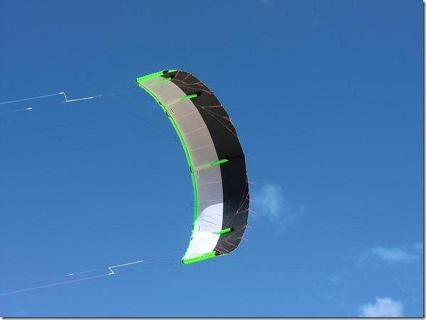 Hybrid-Tubekite-mit-aerodynamisch-ve[1]